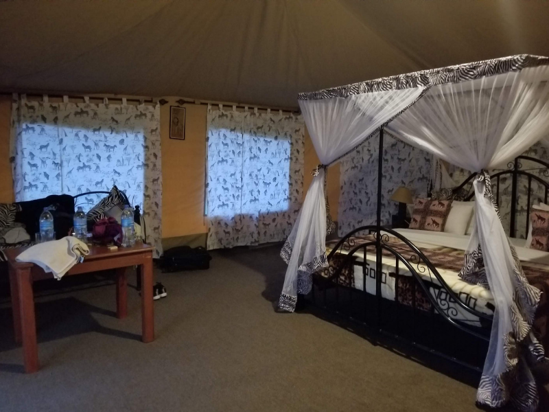 tented lodge in serengeti