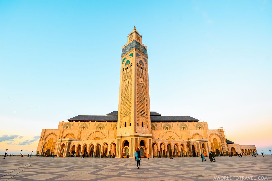 Casablanca Hassan II mosque by A World to Travel